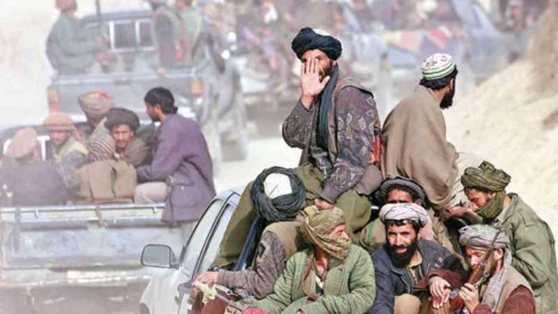 Los talibanes declaran una tregua en plena ola de violencia en Afganistán